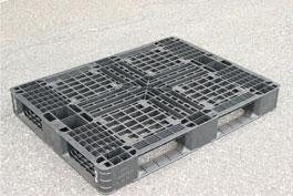 中古プラスチックパレット1,090×820×128mm
